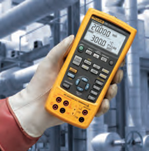 The Fluke 726 Precision Multifunction Process Calibrator being held